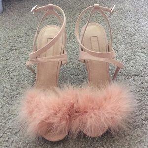 💝VDAY NWOT TopShop Fluffy Heels Size 8